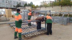 Сборка новых остановочных павильонов