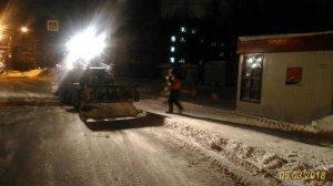 Работы по ликвидации последствий циклона продолжались всю ночь (фоторепортаж)