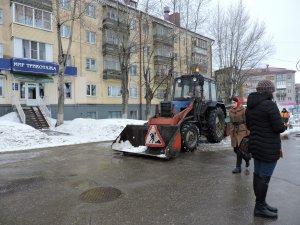 Приводим город в порядок после зимы