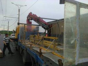 В городе устанавливаются новые остановочные павильоны