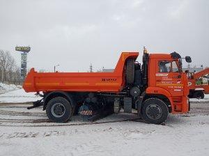 15 февраля с завода «Смоленские машины» в АО «Дорэкс» прибыли 2 новые единицы техники