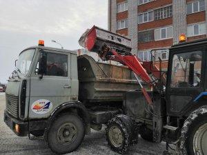 Работы по уборке закрепленных за предприятием территорий ведутся в круглосуточном режиме