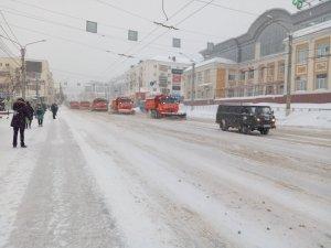 Работы во время снегопада (фоторепортаж)