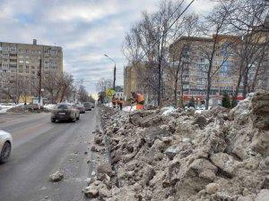 """Комплекс работ по благоустройству города в """"межсезонный"""" период"""