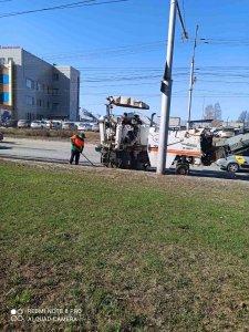 В городе продолжаются работы по ямочному ремонту